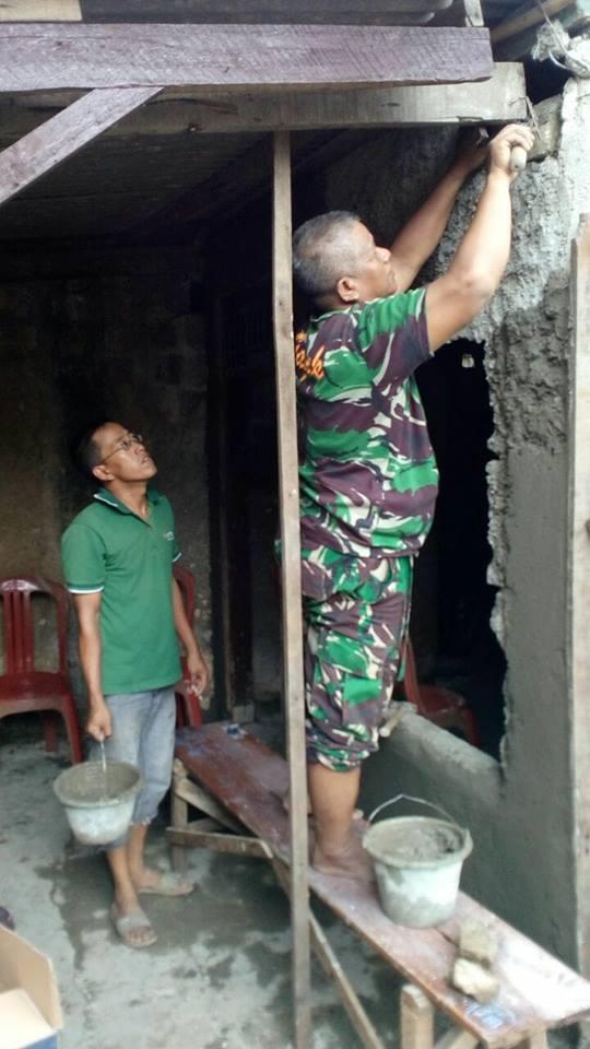 Warga Bersyukur, Rumahnya Diperbaiki Anggota Koramil 04/Bojonggede