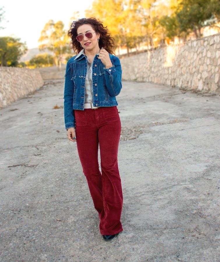 melage_boutique_fashion_blog_de_moda_melange_boutique_fashion_blog_moda_retro_outfit_dezzal_chaqueta_flecos_pantalon_campana_pullandbear_rayban_asos_como_hacer_un _look_estilo_setentero