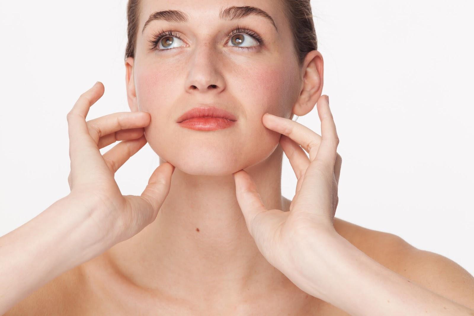 10 طرق طبيعية لتسمين الوجه ونفخ الخدود - وصفاتي