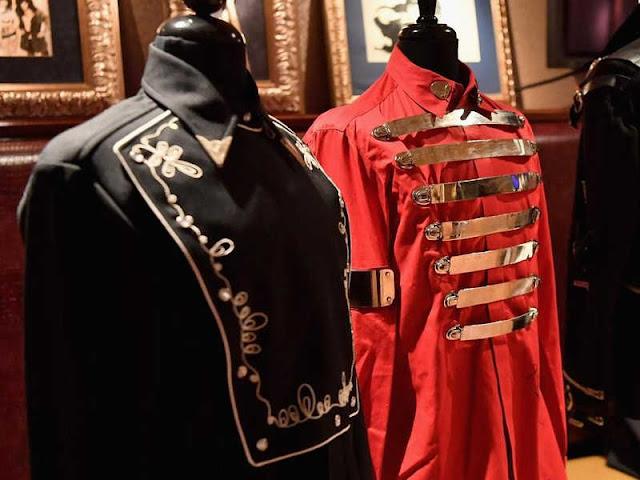 "Jaket Michael Jackson pada Konser ""Bad"" Seharga Rp4 Miliar"
