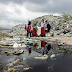 Couple celebrates Valentine's Day date in the mountain of garbage