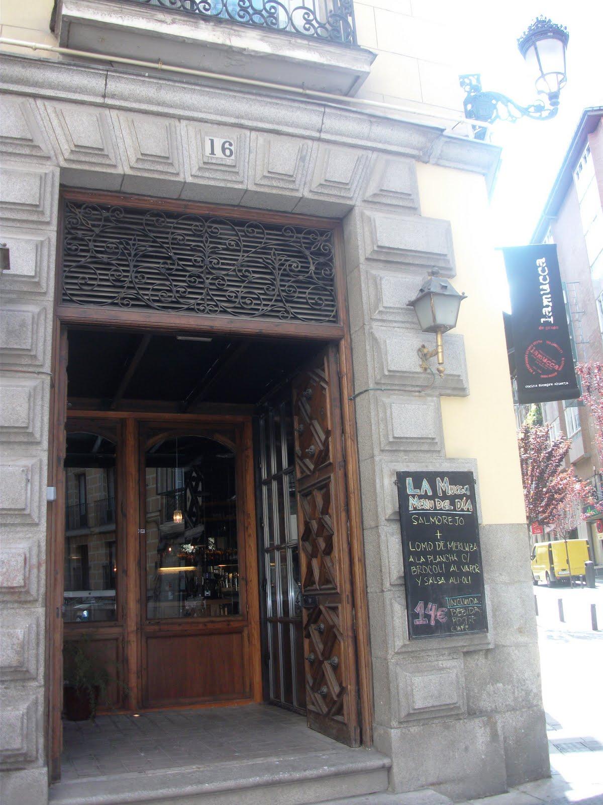 Me gusta madrid me gusta lamucca for Restaurante lamucca calle prado madrid