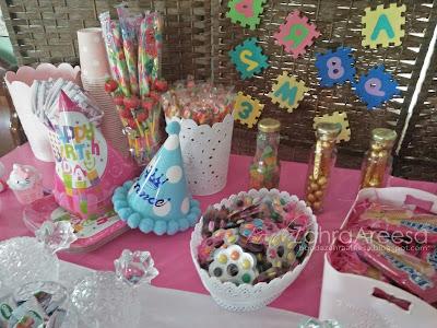 Sambutan hari lahir anak, candy booth