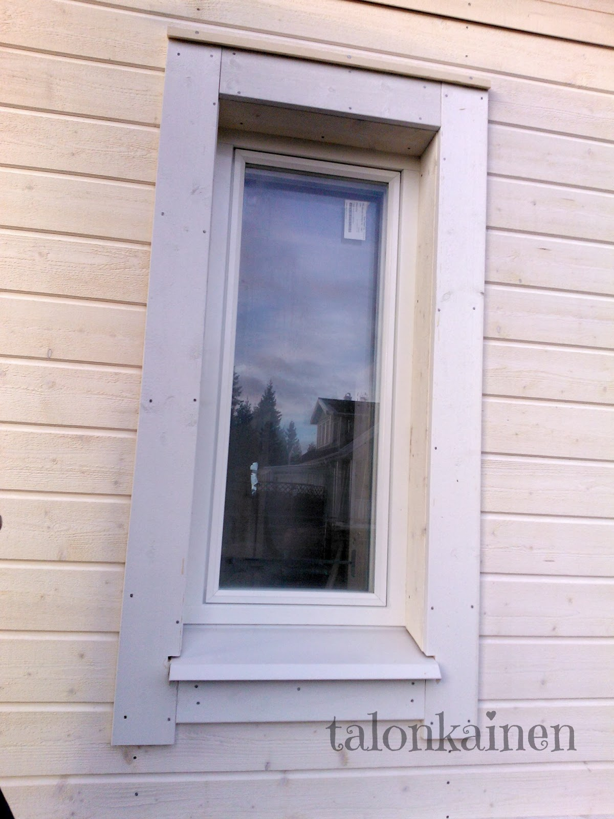 Ikkunoiden smyygit – Kiinteistot, talot