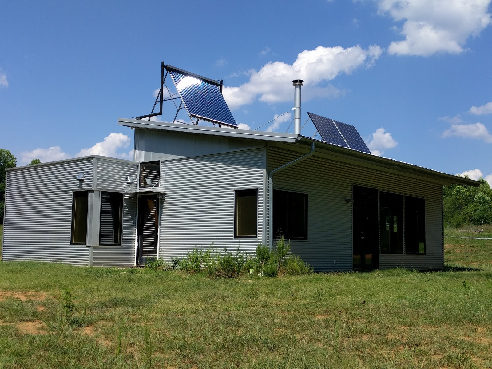 Off Grid Prefab House Readies For The Solar Eclipse Kinda