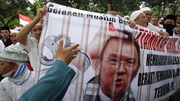 Ahok Hina Al-Quran, Gelombang Protes Menyebar di Seluruh Indonesia