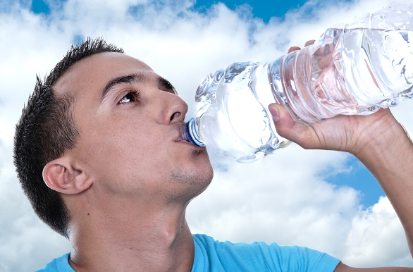 Minum Air Putih Hangat Setiap Pagi dan Raih 7 Manfaat Berikut Ini