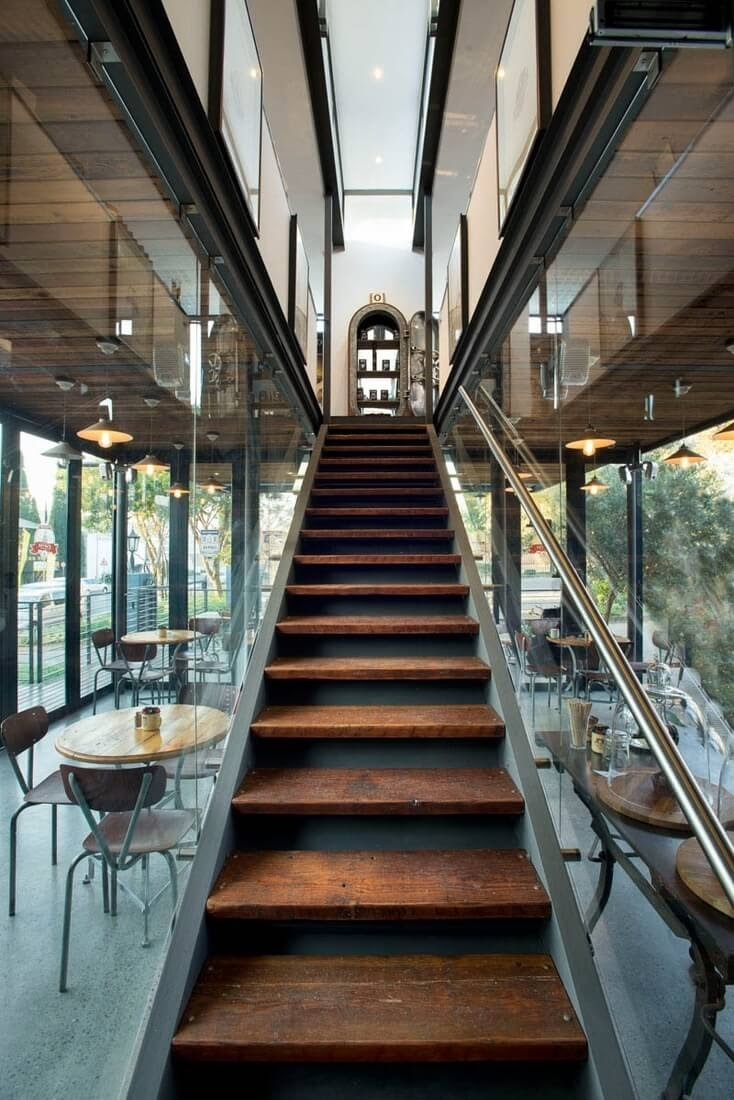 01-Coffee-Shop-Showroom-above-Earthworld-Architects-Sustainable-Architecture-Shipping-Containers-Coffee-Shop-www-designstack-co