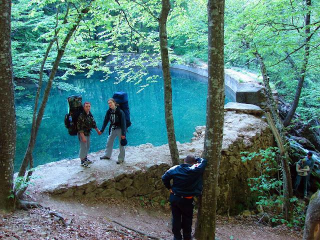 Юсуповское озеро возле водопада Серебряные струи
