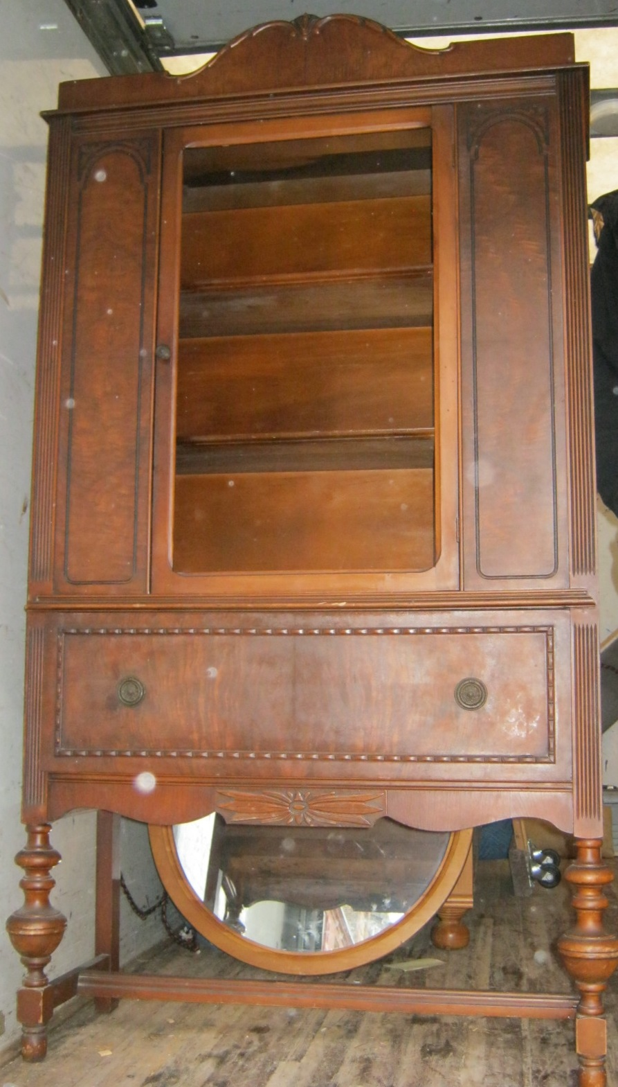 Uhuru Furniture Amp Collectibles 1930s China Cabinet 95