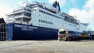 met de boot naar newcastle