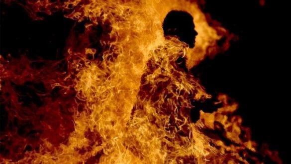 un homme s'immole à Taza au Maroc.