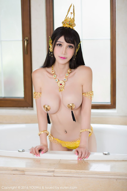 Hot girls Big natural boobs with sexy cosplay 9