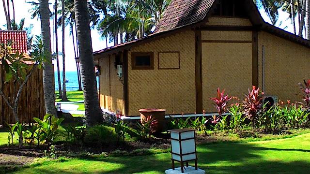 Rumah adat Osing di Villa Solong Banyuwangi