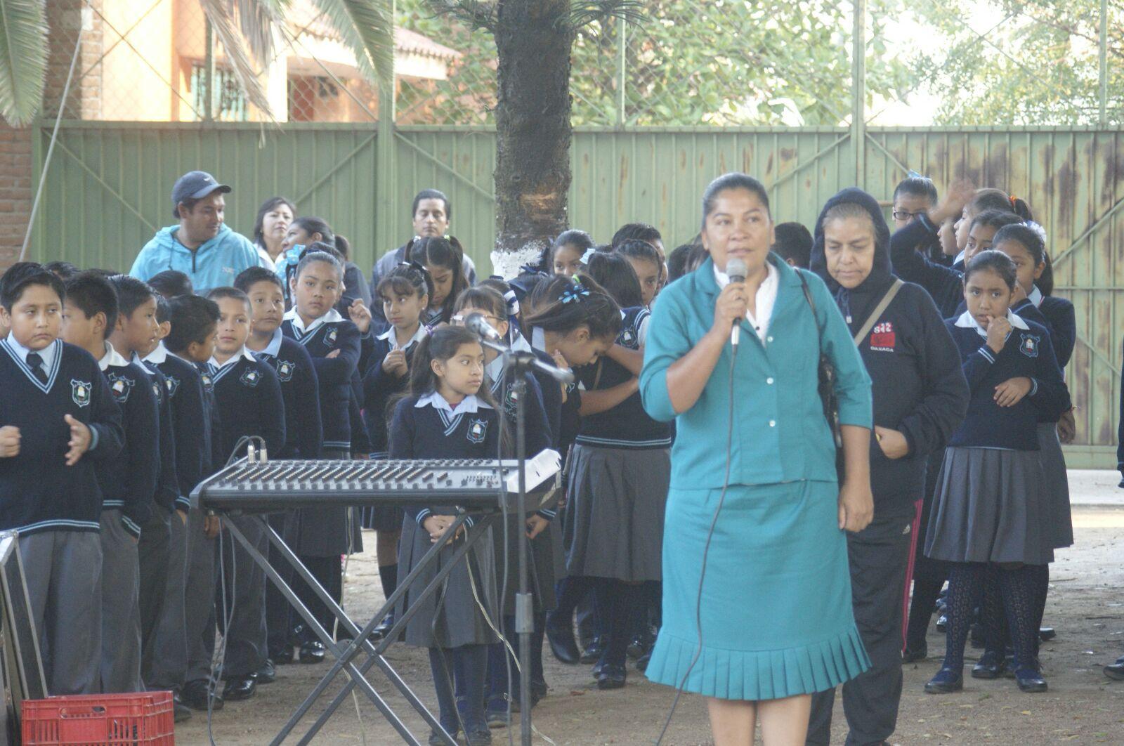 Reanudan clases en la escuela primaria Paul Percy Harris. ~ OAXACA ...