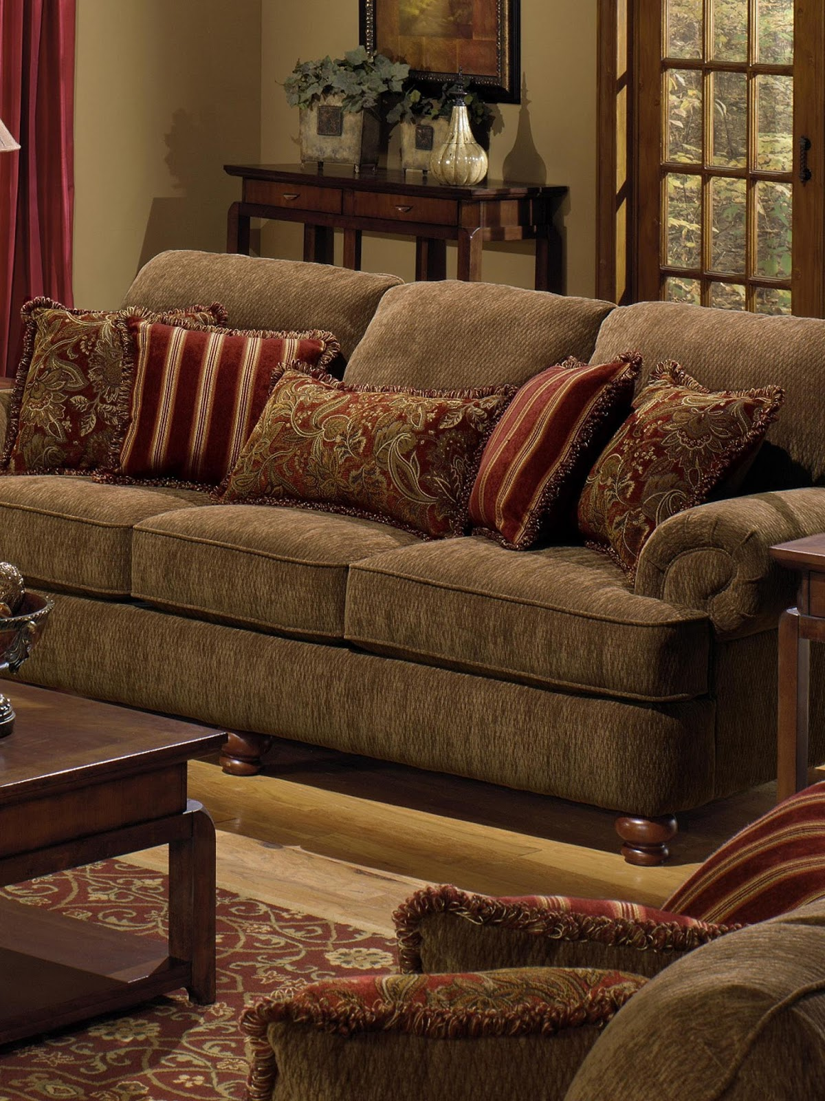 accent pillows for brown sofa
