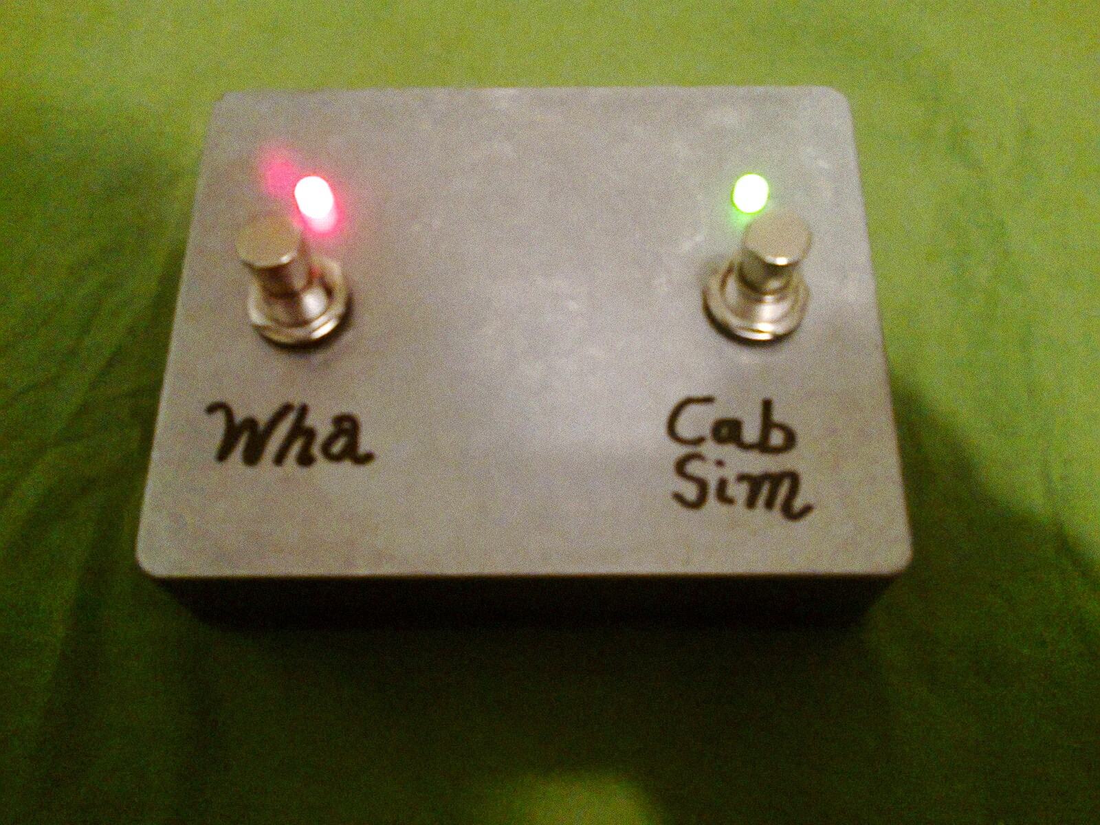 So, you want a classic footswitch for your amp/preamp but you just can't  find one that works for you or it's just too expensive?