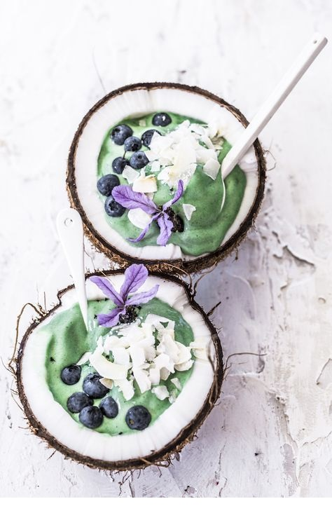 Minty Spirulina Bowls