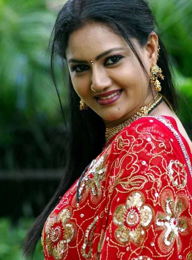 Actress Raksha Hot Red Saree Images Beautiful Indian -6671
