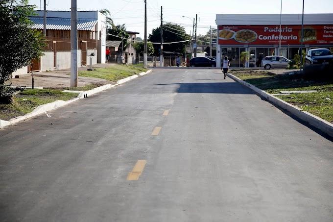 Marco Alba inaugura Rua Porvir no Bairro Santa Cruz