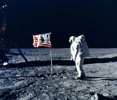 manusia ke bulan Bukti Terbaru Neil Armstrong Mendarat Di Bulan