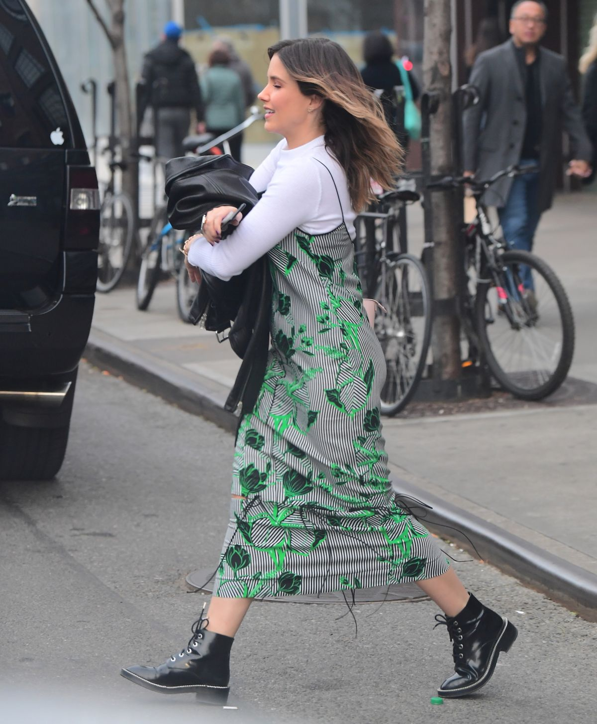 Sophia Bush rush for riding her car in New York