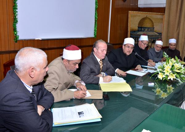 اجتماع وزير الأوقاف مع محافظ الدقهلية لمناقشة عدد من القضايا الهامة