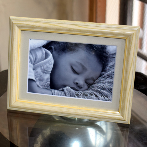 Faux Pine Tabletop Picture Frames in Port Harcourt, Nigeria