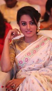 Actress Anita Hassanandani Pictures in Saree at Manalo Okkadu Audio Launch  0006.jpg