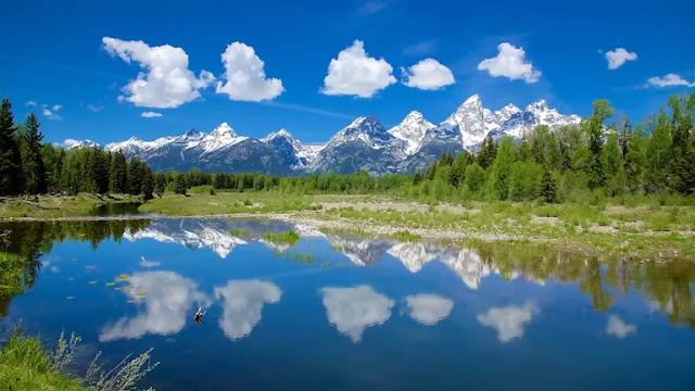 Jackson Hole Vacation Packages, Flight and Hotel Deals