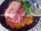 Ardei umpluti cu carne preparare reteta - condimentam cu cimbru