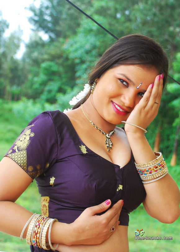 Aaunties Manju Shobana Hot Images
