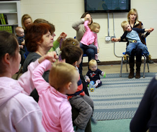 photo of: Parent Involvement with Young Children in Music Activities (with Miss Carole)