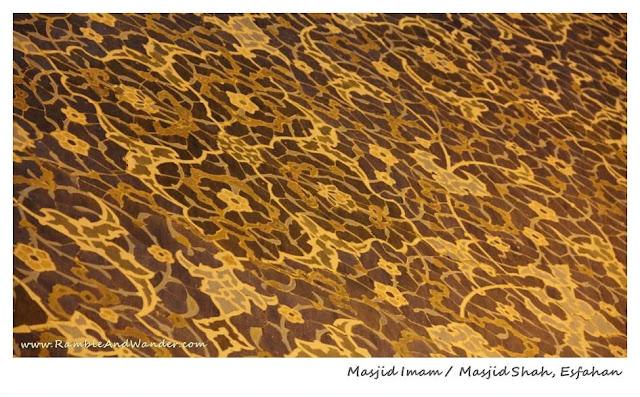 Iran: Esfahan's Masjid Imam Mosque / Masjid Shah Mosque - Ramble and Wander