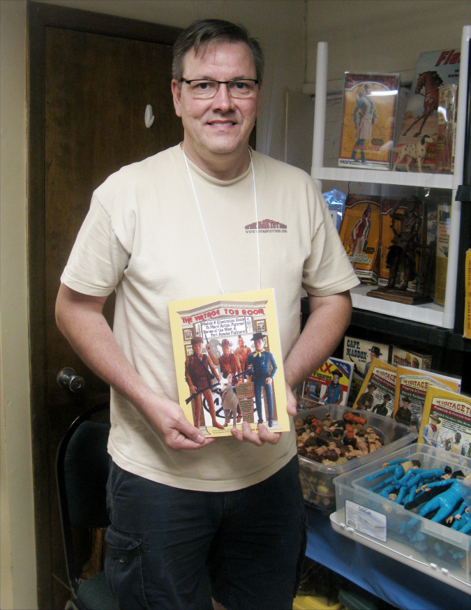 Tom Heaton, author of the Marx Action Figure Encyclopedia and several subsequent modules with extra information unleashed his latest module, with a detailed look at the early Johnny West and related figures from 1965 to 1968. You can order your copy here.