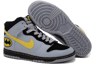 new product 75c7e a8442 From these pairs Batman Nike Dunks we can see the Nike company release  these pairs shoes they are so good at the design. It according to the batman  feature.