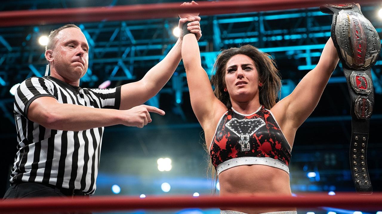 Tessa Blanchard fará sua estreia na WWE no próximo RAW?