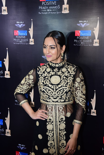 Sonakshi Sinha at Dr. Batra's Positive Health Awards held in Mumbai on 23-Nov-16