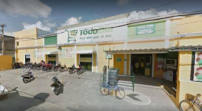 Goiana: Câmeras flagram roubo de cofre de supermercado Todo Dia; veja vídeo