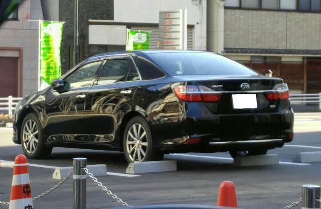 Atribut Foto Daihatsu Akan Tawarkan Luxury Sedan Bernama Daihatsu Altis Benarkah