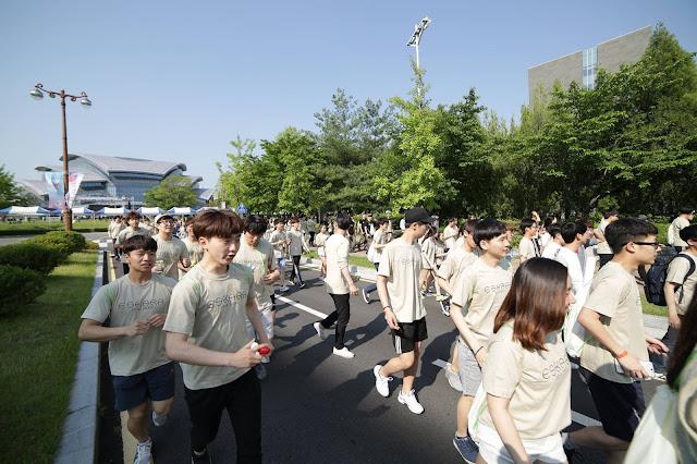 Sinh viên Trường đại học Sungkyunkwan trong hoạt động của trường