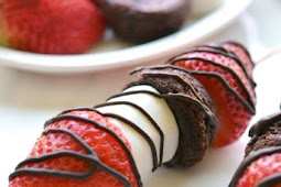 Strawberry Brownie Skewers