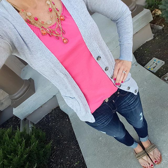 How to casually wear a statement necklace, #TargetStyle, Express denim jeans, Arturo Chung sandals