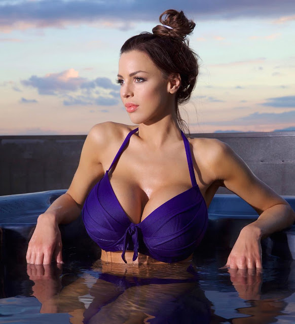 Jordan-Carver-Blue-Bikini-Picture-of-Instagram