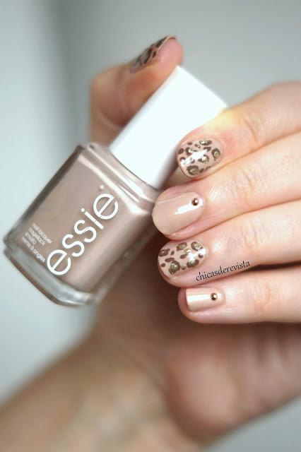 nails leopard