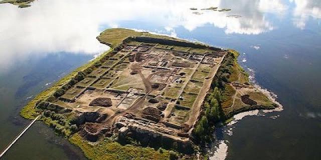 Το Μυστηριώδες Φρούριο «από αλλού» που έχει τους Αρχαιολόγους (βίντεο)