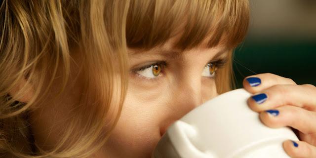 Αποκτήστε λαμπερά μαλλιά με...καφέ!