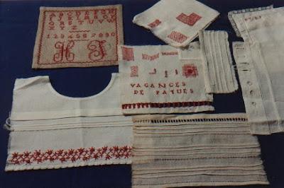 Travaux de couture vers 1940 (collection musée)