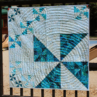 Big-Spin-Pinwheel-Scrap-Quilt