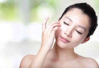 Masque exfoliant au riz pour éclaircir la peau naturellement